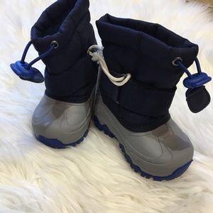 Cat & Jack Sz4 Snow Boots NWT